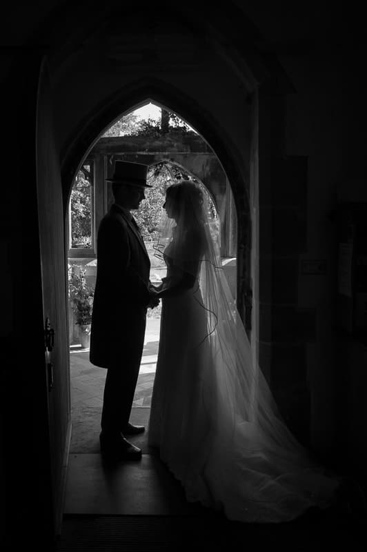 How to create silhouette photographs in doorways