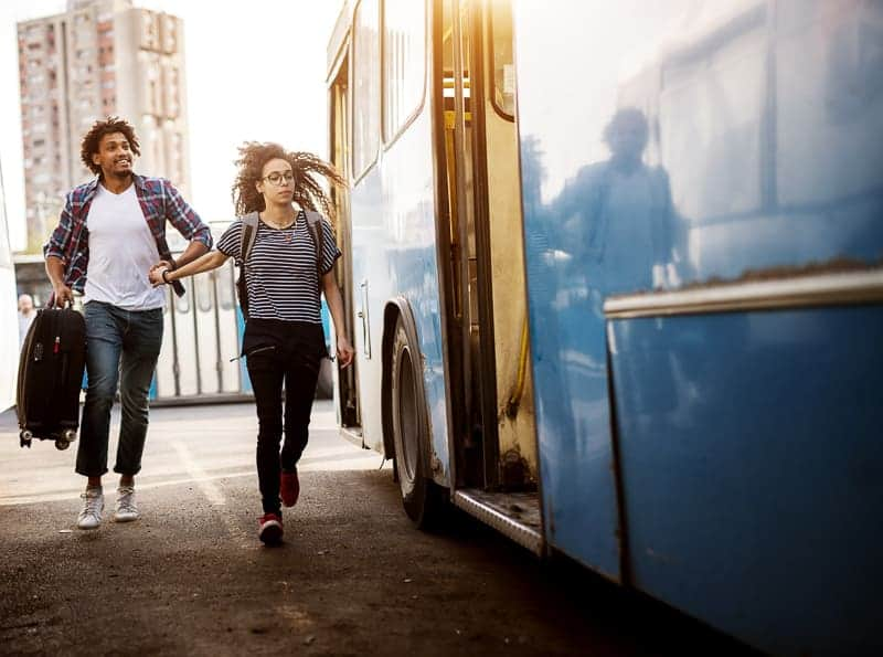 photo cropping tells story of couple running for bus