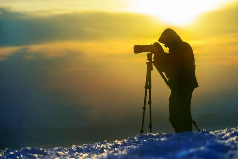DSLR Live View benefits electronic viewfinder vs optical viewfinder