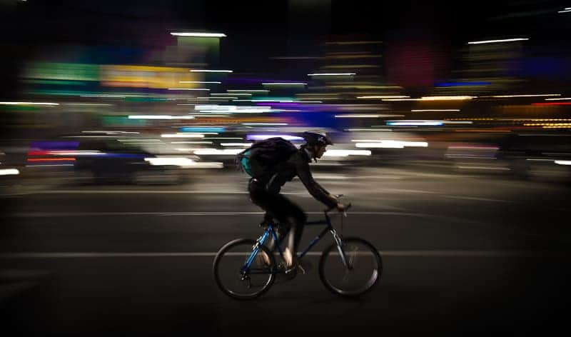 Tricks of panning shots for motion blur