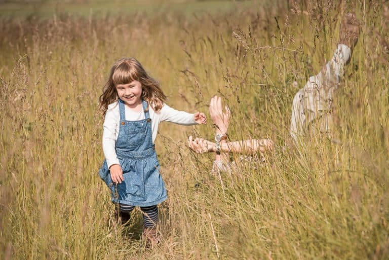 how knowing photography fundamentals helps photographing playing children
